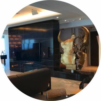 聖羅蘭黑金 石材電視牆